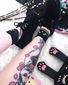 "3,198 Likes, 45 Comments -   Annie  (○`ω´○)    シールプリンセス (@facepudding) on Instagram: ""Mid week sleepiness (人-ω-)。o My new velvet creepers from @tuk_footwear are beautiful """