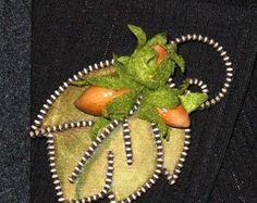 Little bee original designer zipper and felt handmade by 3latna