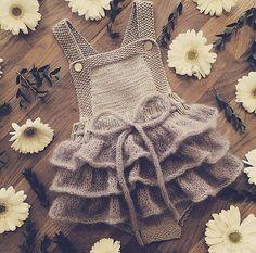 Ravelry: Lille Sukkerspinn pattern by Mari JohansenBaby Dress Small Sugarpin Pattern by Mari Johansen - # Shapes . Knit Baby Dress, Knitted Baby Clothes, Crochet Clothes, Knitting For Kids, Baby Knitting Patterns, Baby Girl Fashion, Kids Fashion, Baby Girl Crochet, Baby Sweaters