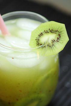 Kiwi Cucumber Agua Fresca -sub honey for Splenda