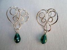 Nodo: orecchini in rame argentato e cristallo