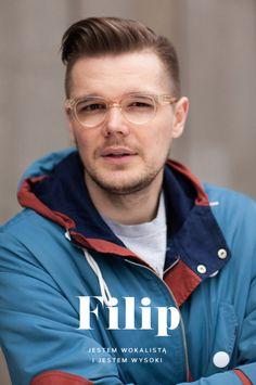 Filip Pokłosiewicz jest wokalistą warszawskiego zespołu, pięknie gra na ukulele i udaje trąbkę. Filip to 198 cm dystansu i poczucia humoru, a przede wszystkim wierny klient HUSH Warsaw. oprawa graficzna: MAGDA PILACZYŃSKA http://magdapilka.com photo: SZYMON BRZÓSKAhttp://stylestalker.net