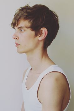 Dan Kling - face/neck. Love the nose, ears, profile - everything. I might have looked similar to this if I was born an ectomorph male, actually.. I'd hope. Same hair and skin tone