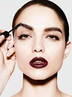Make your brows look bold and dark by applying brown mascara using a fan brush. Using a fan brush colors each hair, even the little ones. This trick is especially amazing when you are getting some special photos clicked as the the flash light in camera mostly makes brows disappear. This trick balances it out.
