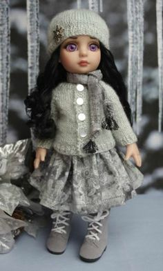 """Silver Snowflakes Handknit Sweater Hat Skirt Scarf for Patsy Ann Estelle 10""""Doll 