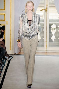 Balenciaga Fall 2009 Ready-to-Wear Collection Slideshow on Style.com