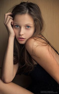 Added to Beauty Eternal - A collection of the most beautiful women.apamaus: Pure beauty!