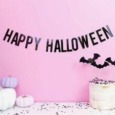 """Elizabeth W ❁☻☼ az Instagramon: """"Happy Halloween 🖤💕 Pictures to come • • • #halloween #happyhalloween #pastel #pastelgoth #pastelhalloween"""" Happy Halloween Pictures, Pastel Goth, Instagram, Decor, Decoration, Decorating, Deco"""