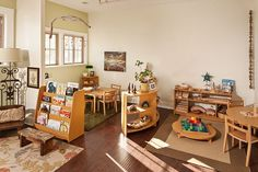 """Classroom B at Branches Atelier in Santa Monica, CA. just needs some color provocations on the wall but this classroom beautifully exemplifies the Reggio ideal of using """"natural materials"""" Preschool Furniture, Preschool Rooms, Classroom Furniture, Preschool Classroom, Kids Furniture, Montessori Classroom Layout, Preschool Layout, Natural Furniture, Teaching Kindergarten"""