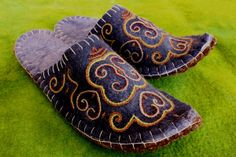Royal Blue Manas from Silk Road Bazaar Felt Slippers, Silk Road, Spotlights, Traditional Design, Hand Stitching, Royal Blue, Wool, Pattern, Gifts
