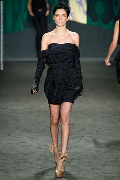 Vera Wang collection (Spring-Summer 2013, New York Fashion Week) 019.jpg