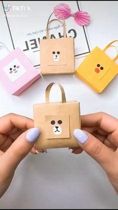 Cool Paper Crafts, Paper Crafts Origami, Diy Paper, Fun Crafts, Paper Art, Crafts For Kids, Origami Gifts, Creative Crafts, Diy Crafts Hacks
