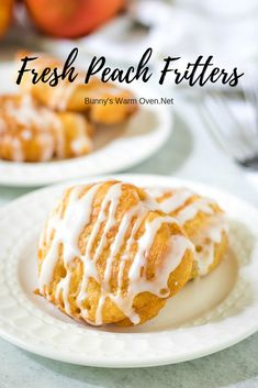 These Delicious Fresh Peach Fritters come together quickly and fry up in about 3 minutes to a beautiful puffy golden brown. Fruit Recipes, Dessert Recipes, Cooking Recipes, Desserts, Amish Recipes, Yummy Recipes, Vegetarian Recipes, Healthy Recipes, Matcha