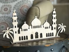 Mosque stand, can be painted any color or you can have it painted for you from Eidway. Amazing price too.