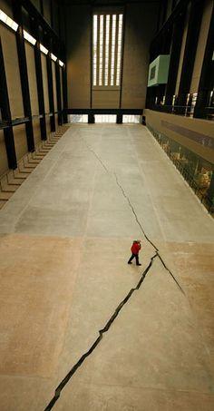 the crack, Shibboleth, 2007, Doris Salcedo, main entrance Tate Modern
