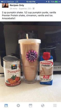 How to Make Your Fave Starbucks Drink at Home Try this with my Optimum Nutrition Vanilla Ice Cream Protein Protein Snacks, Pancakes Protein, Protein Shake Recipes, Smoothie Recipes, Healthy Protein, Healthy Weight, Coffee Protein Smoothie, Pumpkin Protein Shake, Pumpkin Shake