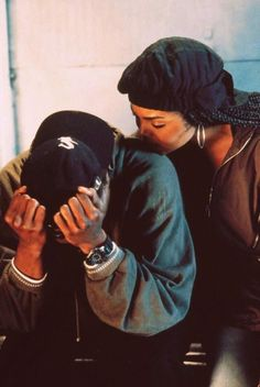 Janet Jackson and Tupac (Poetic Justice) Black Love Couples, Cute Couples Goals, Couple Goals, Relationship Goals Pictures, Cute Relationships, Nimo Rapper, Nature Vs Nurture, Tupac Pictures, Fille Gangsta