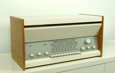 Braun Atelier 2 - Side by teddy_qui_dit, via Flickr. Dieter Rams