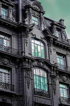 https://flic.kr/p/FLXefL | Old House Facade - By F. Riesemberg