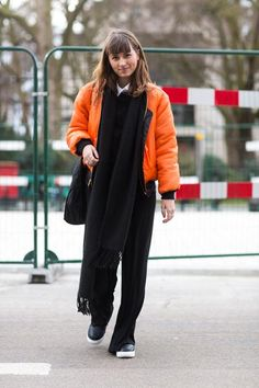 London Fashion Week street style—statement coat to the rescue!