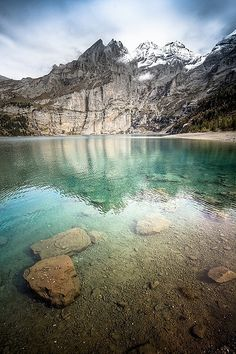 Öschinensee, Berner Oberland, Switzerland