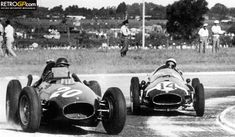 Mike Hawthorne, Ferrari, (finished Stirling Moss, Cooper-Climax, (finished Argentine Grand Prix held at Autodromo Municipal Ciudad de Buenos Aires Circuit on 19 January Vintage Racing, Vintage Cars, Le Mans, Grand Prix, Classic Race Cars, Classic Auto, Racing Events, Ferrari F1, F1 Racing