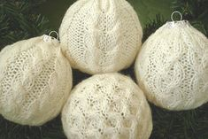 Ravelry: Deck the Balls with Aran pattern by Kelly Jensen