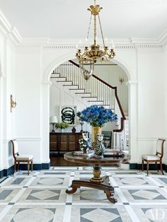 Grand Staircases That Are the Perfect Mix of Form and Function