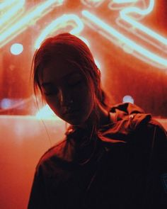 Andre Widjaja is a journalist-turned-photographer currently based in Toronto, who focuses on couples, wedding and portrait photography. Neon Photography, Portrait Photography, Robert Doisneau, Poses, Rite De Passage, Night Portrait, Neon Aesthetic, Grunge Look, Portrait Inspiration