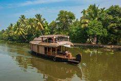 A fantastic way to get to know Kerala, by boat! Watch the landscape slide by on our popular Keralan Spice Coast holiday. Arabian Sea, Munnar, Golden Triangle, Top Place, Hill Station, Group Tours, Kochi, Kerala, Evergreen
