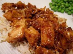 Honey Chicken in the crock pot! Crockpot Honey Chicken, Garlic Chicken, Sticky Chicken, Soy Chicken, Glazed Chicken, Chicken Rice, Teriyaki Chicken, Chicken Recipes, Pulled Chicken