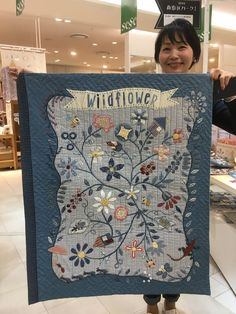 David's cottage down the hill.: The Japanese quilters 3 : Masako Wakayama Wakayama, Wool Quilts, Applique Quilts, Small Quilts, Mini Quilts, Scrappy Quilts, Quilting Projects, Quilting Designs, Millefiori Quilts
