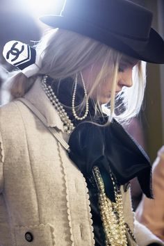 Paris-Dallas 2013/14 Métiers d'Art Ready-to-wear show - CHANEL