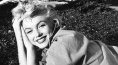 「今、この瞬間を生きなさい」マリリン・モンローの名言13