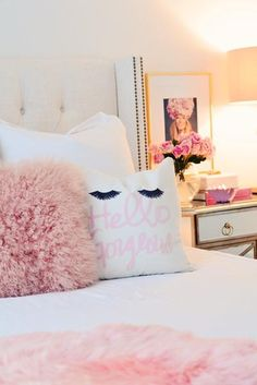 HELLO GORGEOUS EYELASHES VELVETEEN PILLOW COVER 18 X 18