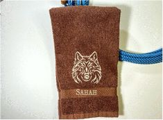 Bath Hand Towel, Wolf Design – Borgmanns Creations Red Towels, Rustic Home Interiors, Wolf Design, Farmhouse Decor, Kids Room, Embroidery, Kitchen Towels, Gifts, Color