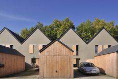 Habitat Groupé, Architecture, Habitats, Townhouse, The Row, Saints, Shed, Outdoor Structures, House Design