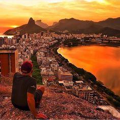 Rio De Janeiro Brazil @CBezerraPhotos - like it if you believe our #earthisstunning   --------------------------- #earth #earthisbeautiful #earthpix #earthphoto #earthlover #earthescape #earthcapture #photograph #photooftheday