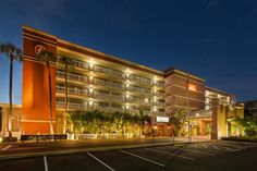 Ramada Tampa Airport Westshore - Hotels.com - Hotel rooms with reviews. Discounts and Deals on 85,000 hotels worldwide