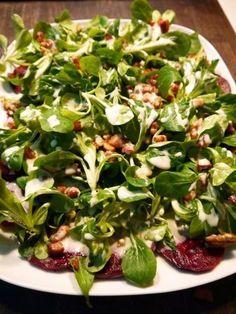 Winter-Soulfood: Wintersalat mit Granatapfel und Rote Bete