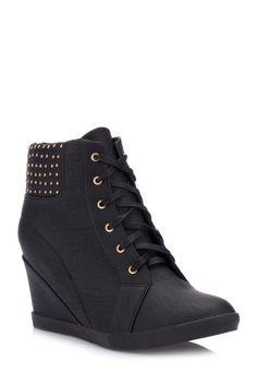 Ben bu gizli topuklu siyah ayakkabıyı skinny pantolonlarla kombinlerim