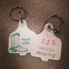 Crystal Cattle: Ear Tag Key Chains Livestock Branding, Cattle Tags, Cow Ears, Cowgirl Wedding, Show Cattle, Ear Tag, Key To My Heart, Camping Crafts, Key Chains
