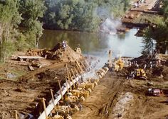 Pipeline Construction....amazing Pipeline Welding, Pipeline Construction, Caterpillar Equipment, Welding Rigs, Oil Field, History Pics, Construction Machines, Man Of The House, Oil And Gas