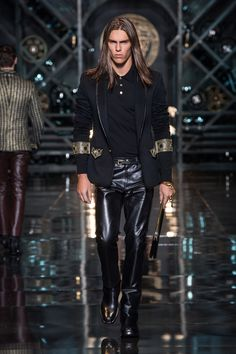 Men's fashion and accessories - PREVIEW FW 2014-15 - Fashion Show Collection - Versace 2014