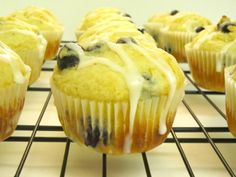 I don't really make simple, traditional muffins, like blueberry muffins or chocolate chip muffins. I like to get fancy and throw in some crumb toppings, Nutella, lavender, or even apples coated in cinnamon. But as I'm participating in Muffin Monday by Baker Street, the muffins assigned for this week is a simple, yet tasty blueberry… [read more]