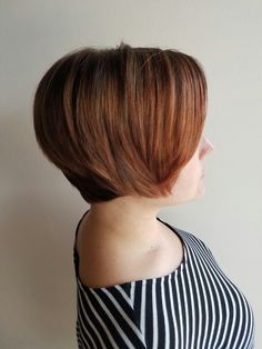Rose gold brown short hair By Bellonero