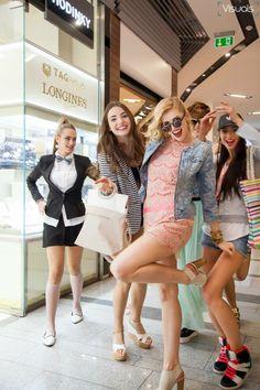 Oc, Fashion Show, Facebook