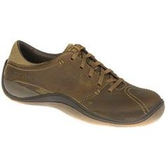 Merrell Male Oak Leather Upper Leather/Textile Lining Fashion Trainers in Tan MERRELL SHOES. A casual Merrell shoe. A fantastic style is created by stitching running across the toe and around the heel. An dual coloured, exposed sole covers the toe and heel adding to the overall http://www.comparestoreprices.co.uk/trainers/merrell-male-oak-leather-upper-leather-textile-lining-fashion-trainers-in-tan.asp