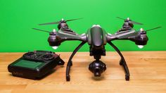 Thanks to its modular design and bundled handgrip, Yuneec's smooth-flying Typhoon Q500 4K quadcopter can capture nice aerial photos and videos and handheld shake-free shots.
