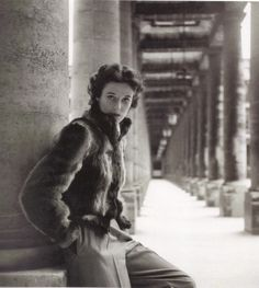 1946 - Babe Paley in Balmain by Clifford Coffin.